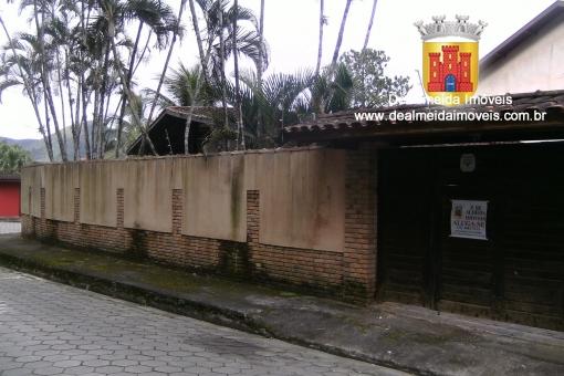 Casa 3 dormitórios próximo ao Centro e a Praia